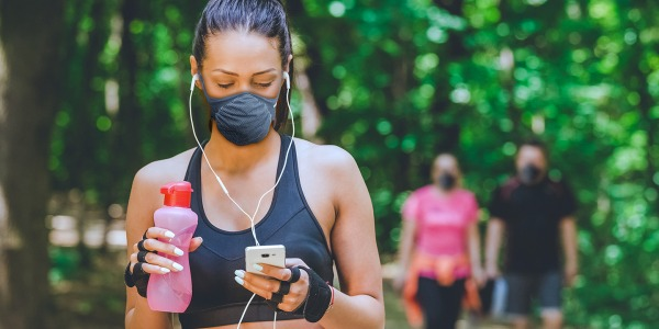 Comfort and safety during sport: Kynotex face masks for outdoor physical activity